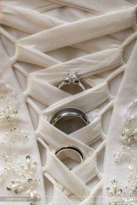 aliança casamento vestido