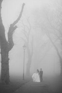casamento chuva neblina