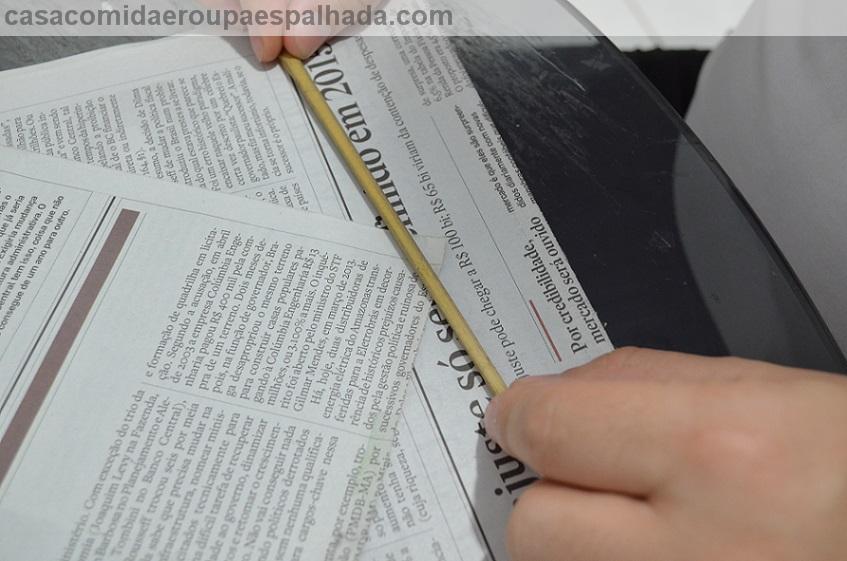 DIY: Sousplat de jornal . (4/6)