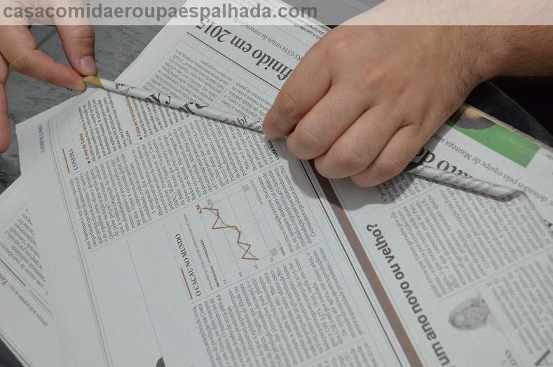 DIY: Sousplat de jornal . (6/6)