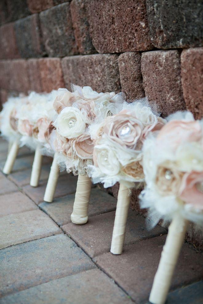 DIY: Buquê de Noiva com flores artificiais . (4/6)