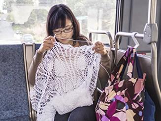 0_CATERS_Woman_Crochets_Own_Wedding_Dress_01-e1412671959360