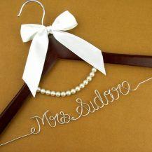 cabide casamento colar perolas