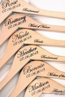 cabide casamento madeira gravada