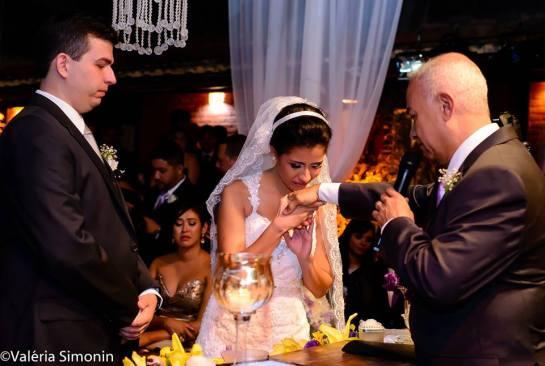 foto-emoção-benção-do-pai-casamento-thais-filha