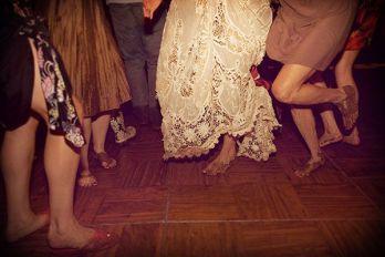 casamento_convidados_dança_descalco