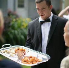 casamento_convidados_garçom