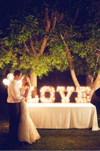 casamento_decoracao_letras_luzes_01