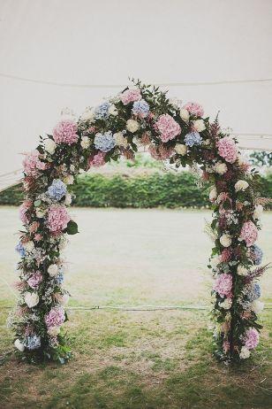 casamento_arco_portal_flores_cortina_azul_rosa_01