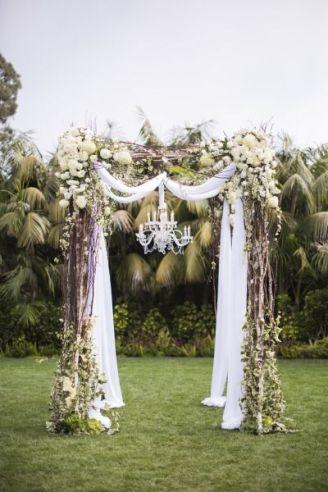 casamento_arco_portal_flores_cortina_branco_03