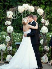 casamento_arco_portal_flores_cortina_branco_08