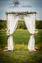 casamento_arco_portal_flores_cortina_marrom_03