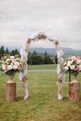 casamento_arco_portal_flores_cortina_marrom_rosa_01