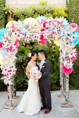 casamento_arco_portal_flores_cortina_papel_rosa_azul_01