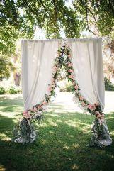 casamento_arco_portal_flores_cortina_rosa_07