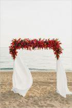 casamento_arco_portal_flores_cortina_vermelho_01
