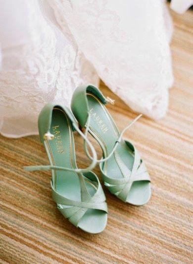 casamento_paleta_cores_branco_verde_sapato_01