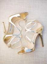 casamento_paleta-de-cores_dourado_branco_sapato_01