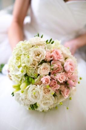 casamento_paleta-de-cores_verde-musgo_rosa-queimado_buque_02