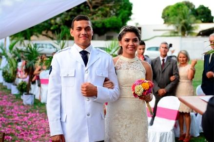 casacomidaeroupaespalhada_casamento-na-praca_nayranna-e-joao_02