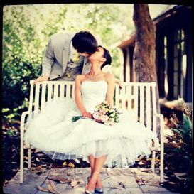 casacomidaeroupaespalhada_noivas-diferentes-originais_vestido-curto_03