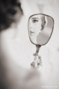 casacomidaeroupaespalhada_noiva_makingof_espelho_01