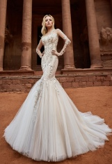 casacomidaeroupaespalhada_oksana-mukha_wedding-dress_2017-amani