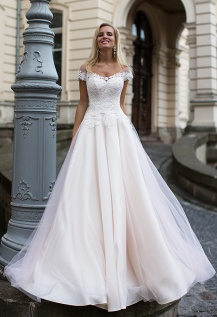 casacomidaeroupaespalhada_oksana-mukha_wedding-dress_2017-DOLCE