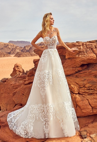 casacomidaeroupaespalhada_oksana-mukha_wedding-dress_2017-ESFIR