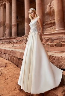 casacomidaeroupaespalhada_oksana-mukha_wedding-dress_2017-jordania
