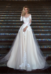 casacomidaeroupaespalhada_oksana-mukha_wedding-dress_2017-MIREY