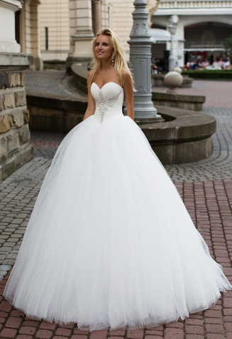 casacomidaeroupaespalhada_oksana-mukha_wedding-dress_2017-ORIANA