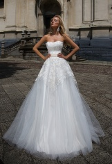 casacomidaeroupaespalhada_oksana-mukha_wedding-dress_2017-ZARINA