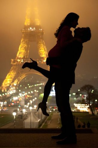 http://www.inspiredbythis.com/wed/inspired-by-this-paris-engagement/
