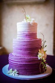 casacomidaeroupaespalhada-blog-casamento-pantone-2018-ultra-violet-ideias-decoracao-buque-noiva-madrinhas-05