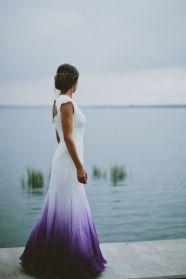 casacomidaeroupaespalhada-blog-casamento-pantone-2018-ultra-violet-ideias-decoracao-buque-noiva-madrinhas-06
