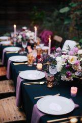 casacomidaeroupaespalhada-blog-casamento-pantone-2018-ultra-violet-ideias-decoracao-buque-noiva-madrinhas-08