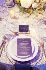 casacomidaeroupaespalhada-blog-casamento-pantone-2018-ultra-violet-ideias-decoracao-buque-noiva-madrinhas-11