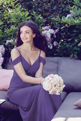 casacomidaeroupaespalhada-blog-casamento-pantone-2018-ultra-violet-ideias-decoracao-buque-noiva-madrinhas-12