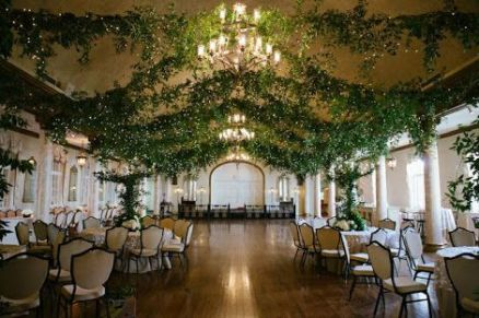 casacomidaeroupaespalhada_casamentos_tendencias_2019_decoracao_natureza_indoor_01