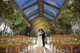 casacomidaeroupaespalhada_casamentos_tendencias_2019_decoracao_natureza_indoor_03