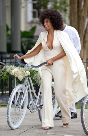 casacomidaeroupaespalhada_casamentos_tendencias_2019_noiva_jumpsuit_macacao_06