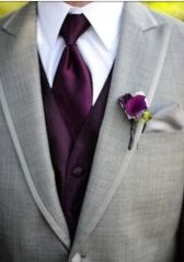 casacomidaeroupaespalhada_casamentos_tendencias_2019_noivo_3piecesuit_terno_colete_mix_cores_diferentes_04